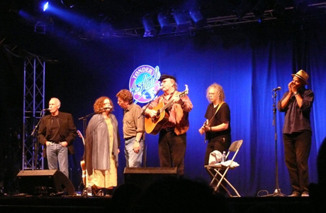 Allan, Molly and Tim O'Brien, Tom Paxton, Robin Bullock, Guy Davis.